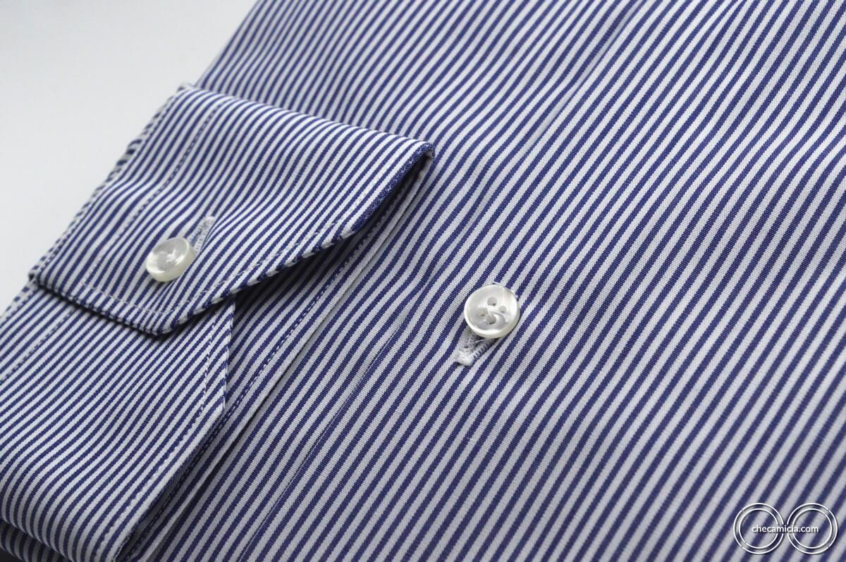 Camicia a righe bianca e blu collo italiano tessuto popeline cotone Portland