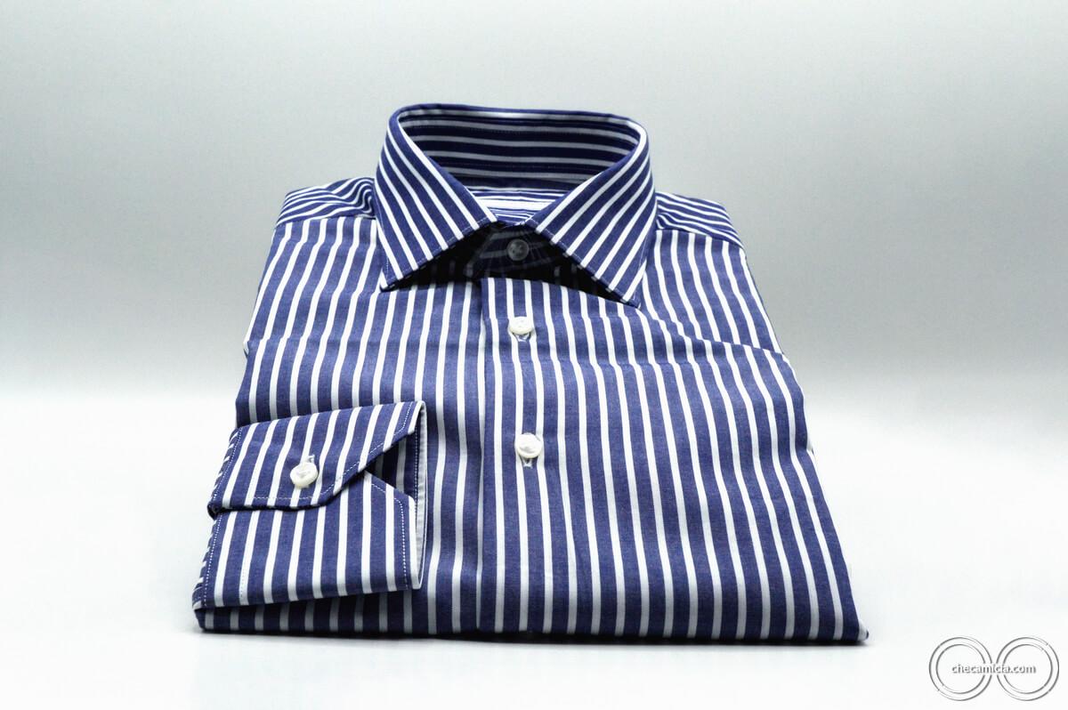 Camicia a righe bianca e blu Calcutta tessuto popeline collo italiano 4